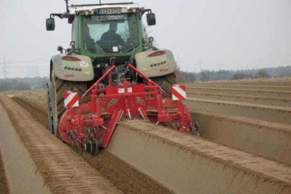 Spargel Traktor